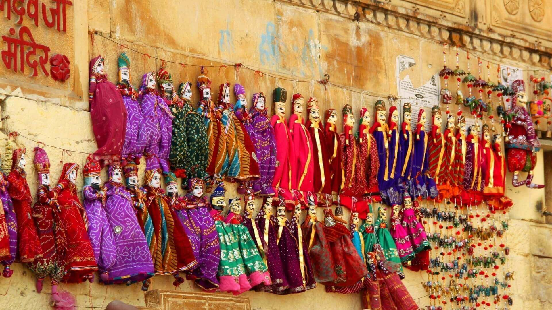 Puppets for sale in Varanasi by Jasmine Trails